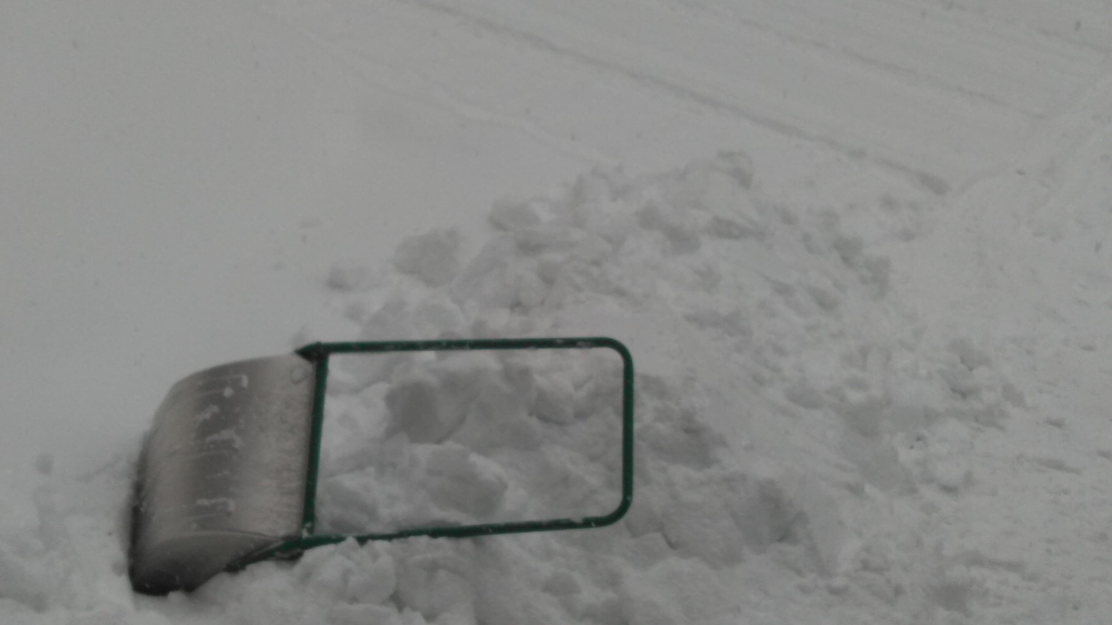 雪かき終わりました。